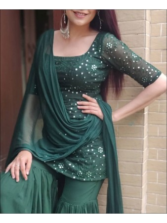 RE - Green Colored Georgette Semi-Stiched Salwar Suit